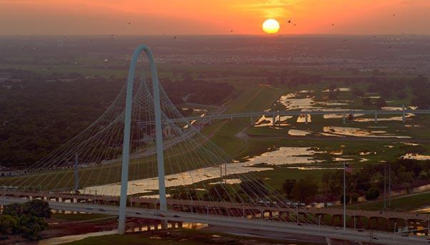 Margaret Hunt Bridge, Texas